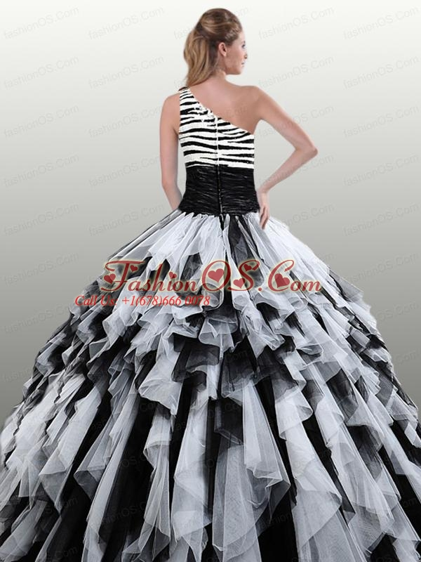 2015 Fashionable White and Black Quinceanera Dresses with Ruffles