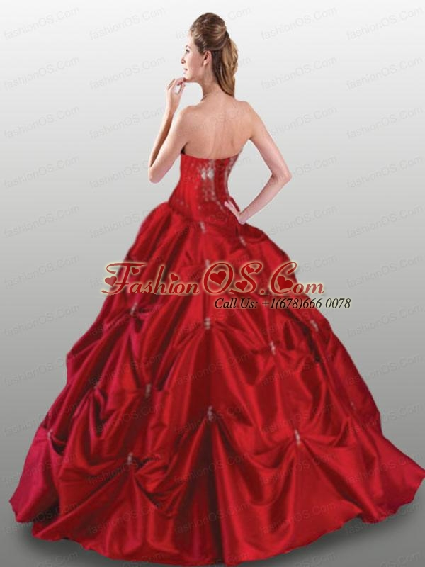 2015 Popular Appliques Quinceanera Gown in Red