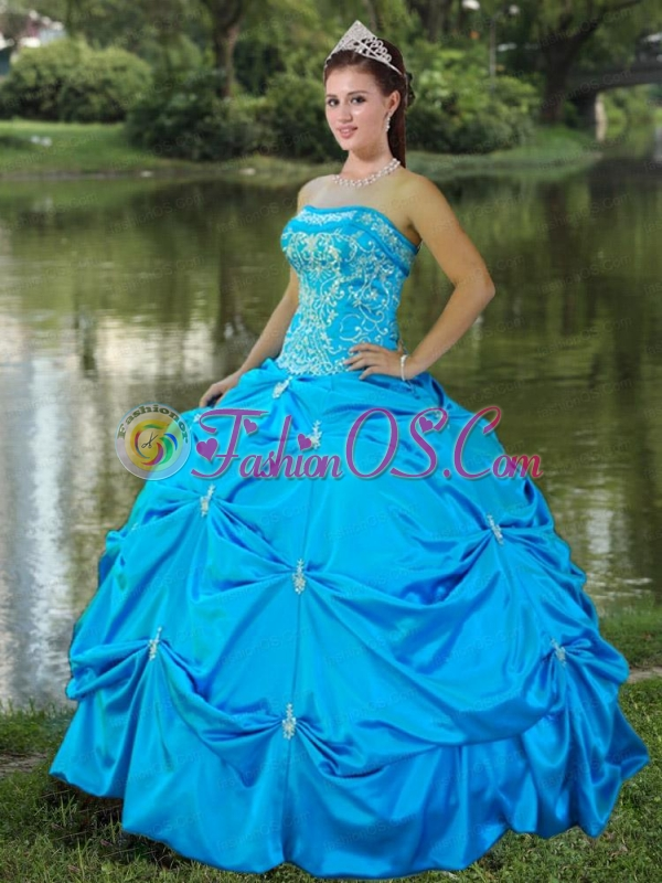 Strapless Satin Embroidery Quinceanera Dresses in Aqua Blue
