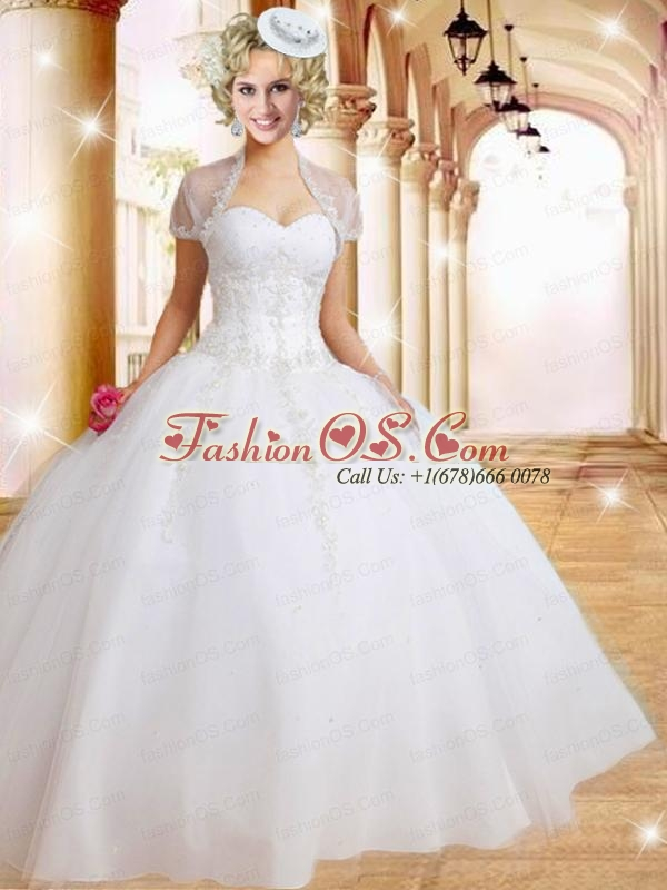 2015 Fashionable Sweetheart White Quinceanera Gown with Beading