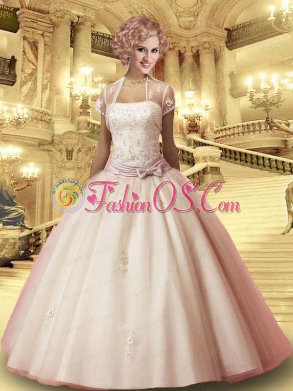 2015 Lovely Tulle Ivory Quinceanera Gown with Bowknot and Appliques