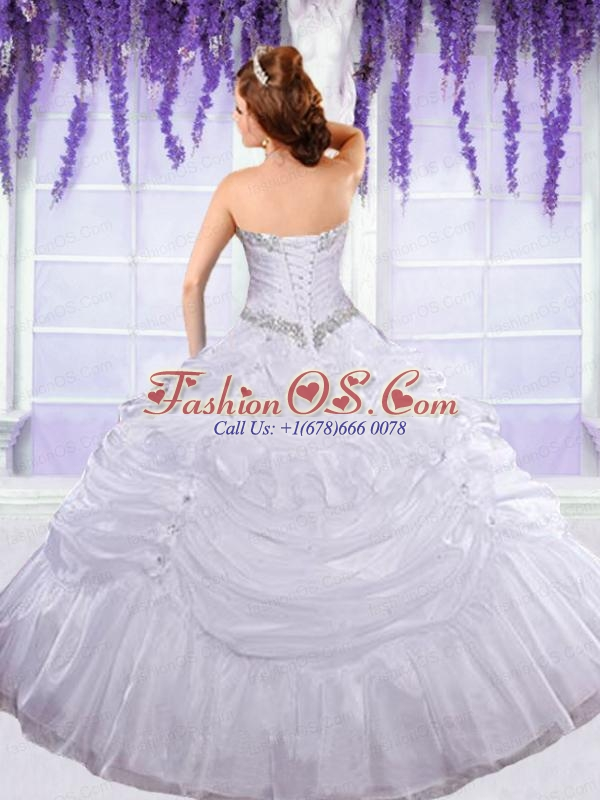 New Arrival Sweetheart Red Quinceanera Dresses with Beading and Pick-ups