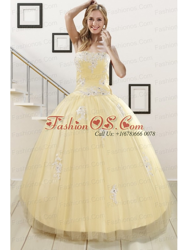 Luxurious Light Yellow Sweet 16 Dresses with White Appliques