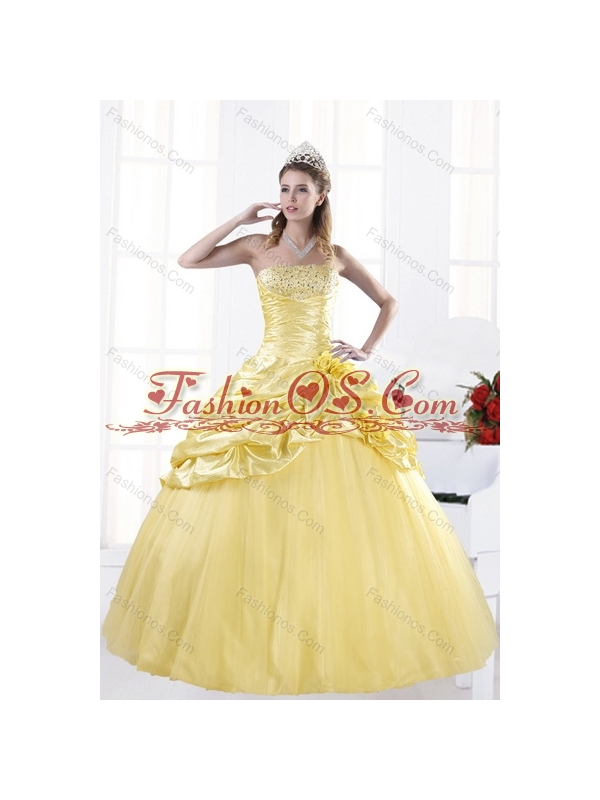 Fashionable Strapless 2015 Beading Quince Dresses with Beadings and Pick Ups