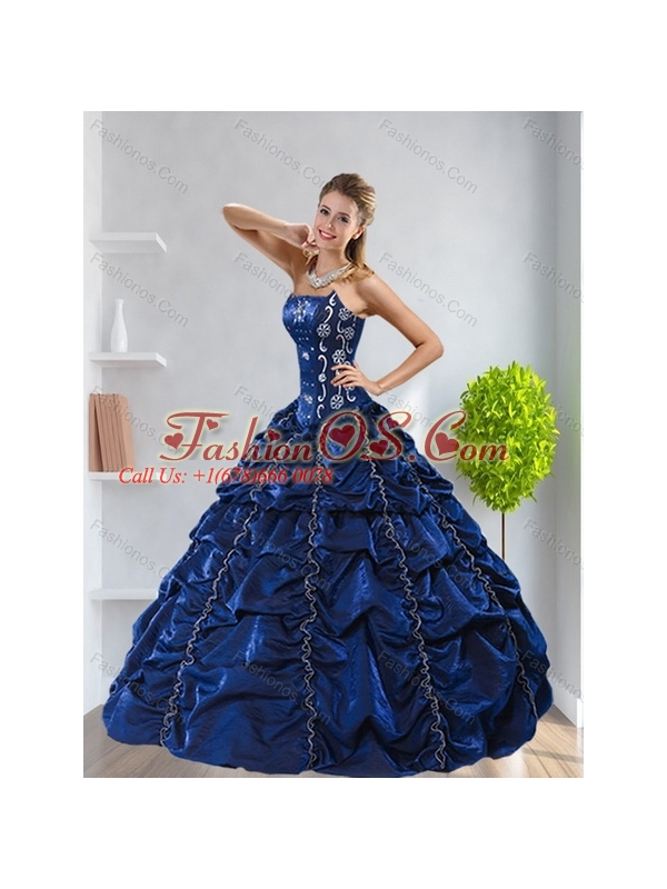 2015 Pretty Strapless Navy Blue Quinceanera Dress with Pick Ups and Beading