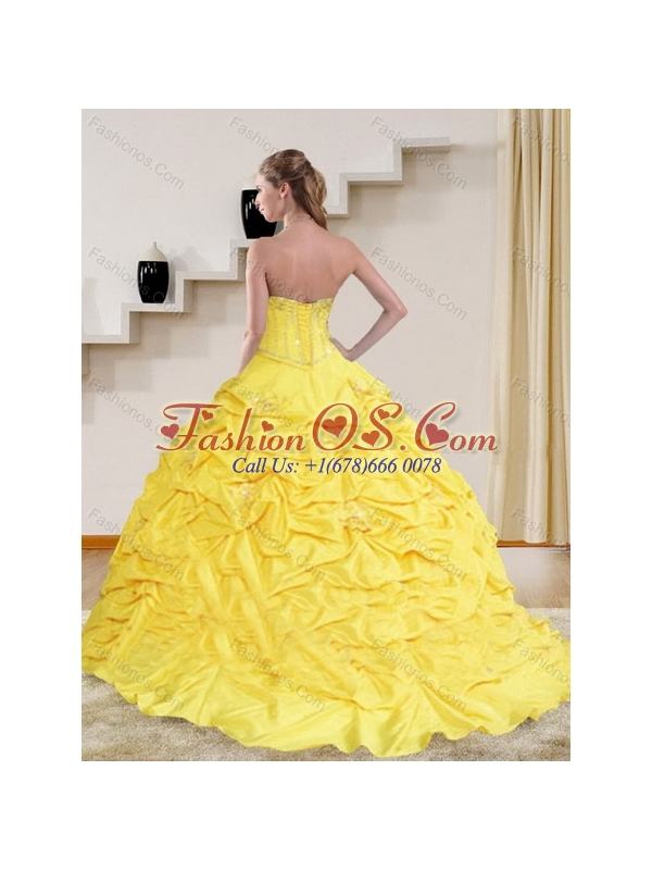2015 Perfect Yellow Strapless Brush Train Quinceanera Dresses with Beading