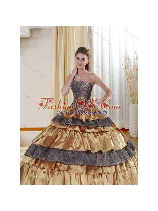 2015 Popular Strapless Leopard Gold Quince Dress with Ruffled Layers and Beading