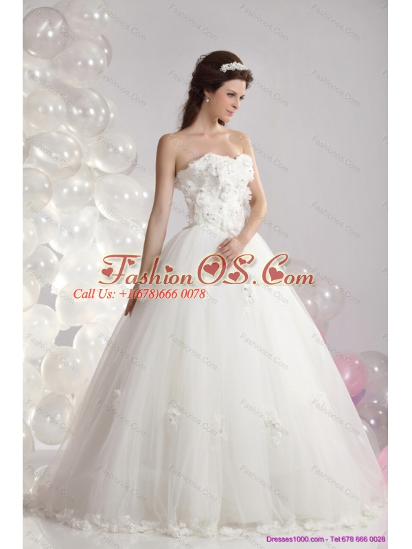 2015 New and Perfect White Strapless Bridal Dresses with Beading and Hand Made Flowers