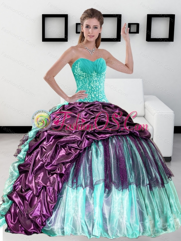 2015 Custom Made Sweetheart Quinceanera Dress with Pick up and Ruffles