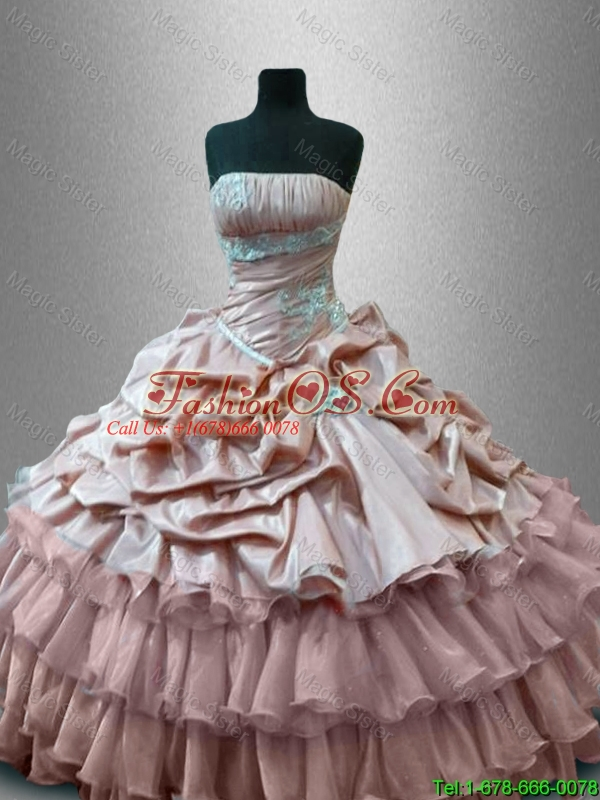 2016 New arrival Luxurious Strapless Quinceanera Gowns with Ruffled Layers