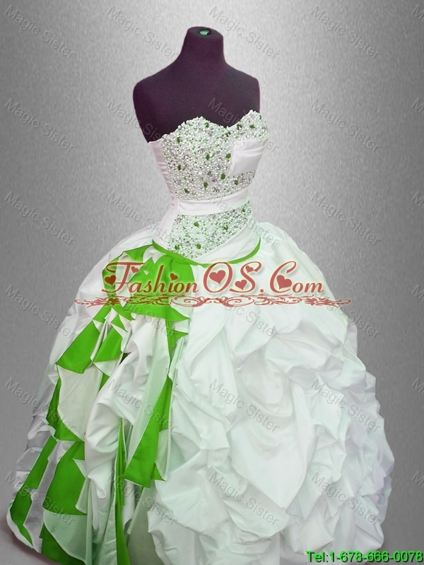 New arrival Gorgeous Discount Ball Gown Beaded Sweet 16 Gowns with Pick Ups
