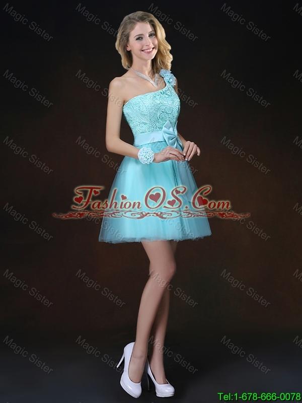 Elegant Halter Top Laced Bridesmaid Dresses with Appliques