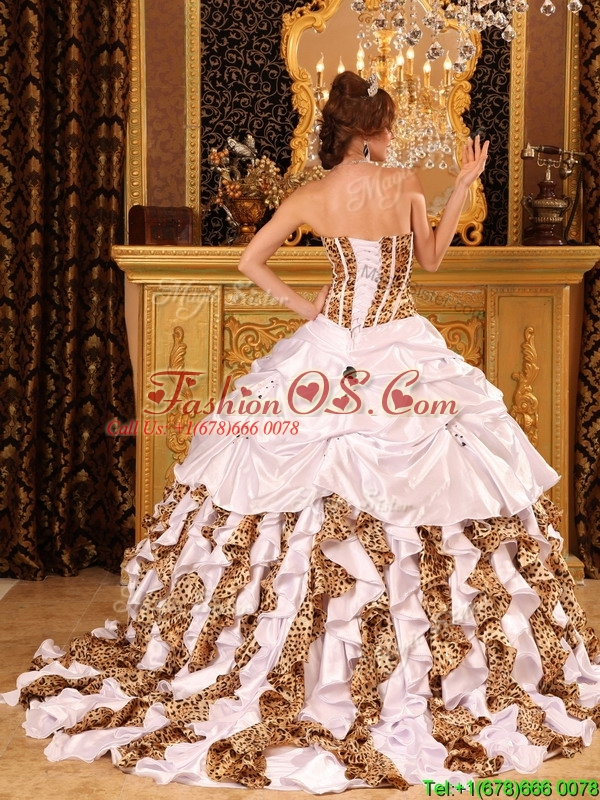Pretty Strapless Brush Train Quinceanera Dresses in White  226.42