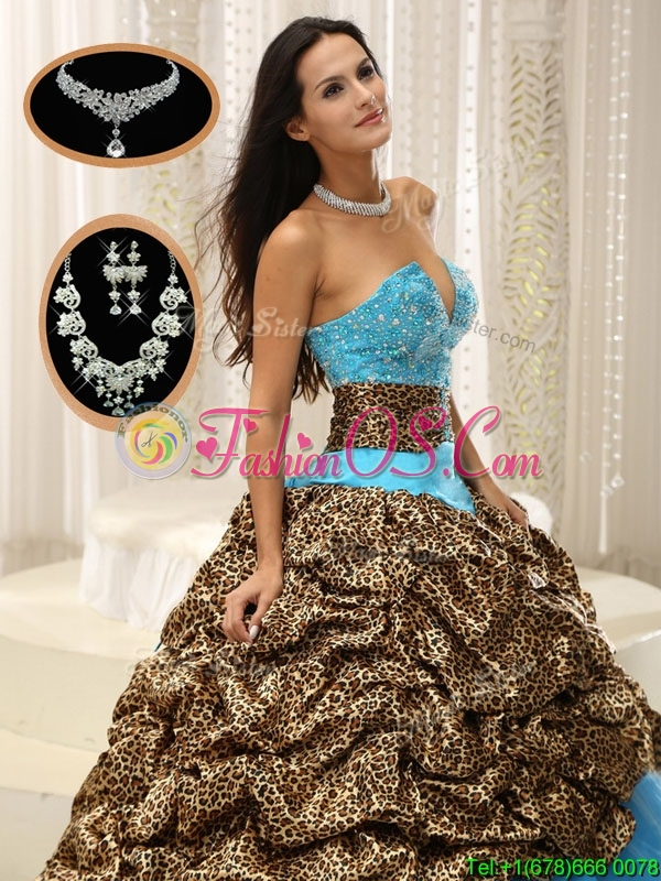 Cheap Sweetheart Sweet 16 Dresses  with Beading and Pick Ups
