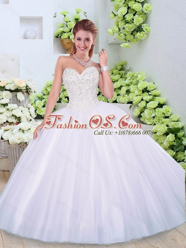2016 Elegant Ball Gown Sweetheart Quinceanera Dresses with Beading