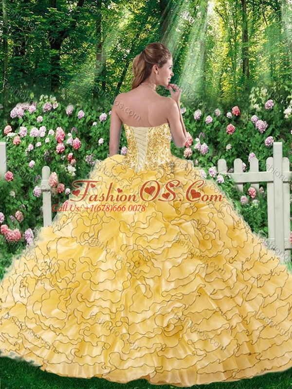2016 Lovely Ball Gown Sweetheart Beading Quinceanera Dresses