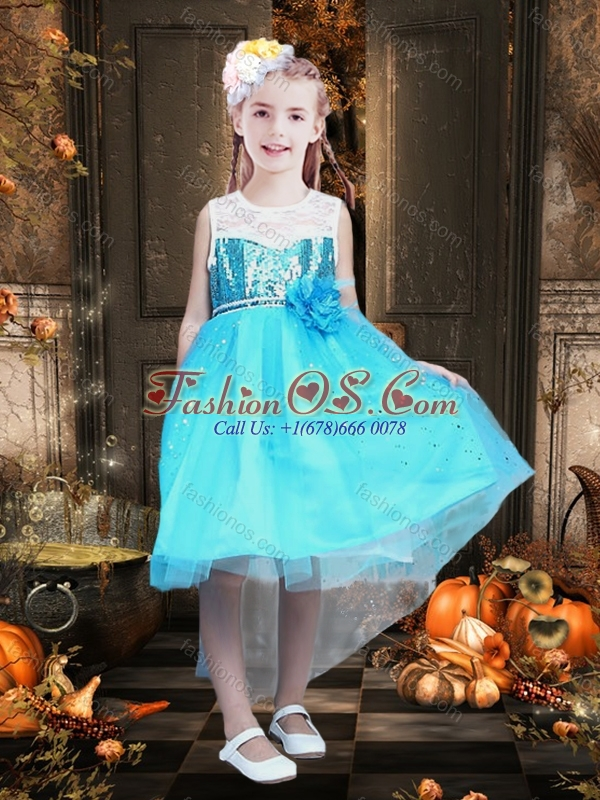 Fashionable Tea Length Scoop Sequined Little Girl Pageant Dress in Blue and White