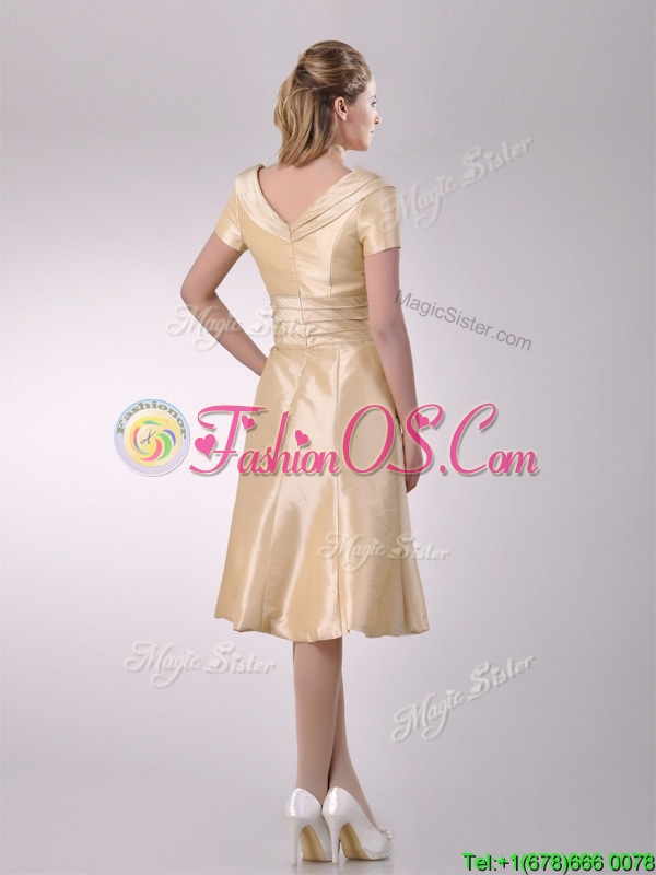 Hot Sale V Neck Champagne Tea Length Mother of the Bride Dress with Short Sleeves