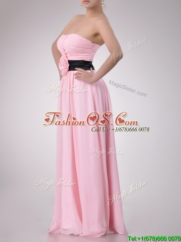 Modern Empire Chiffon Pink Long Dama Dresses for Quinceanera with Hand Crafted Flower