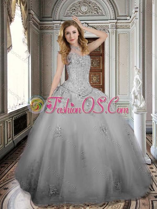 Popular Grey Ball Gown 15 Quinceanera Dress with Appliques and Beading