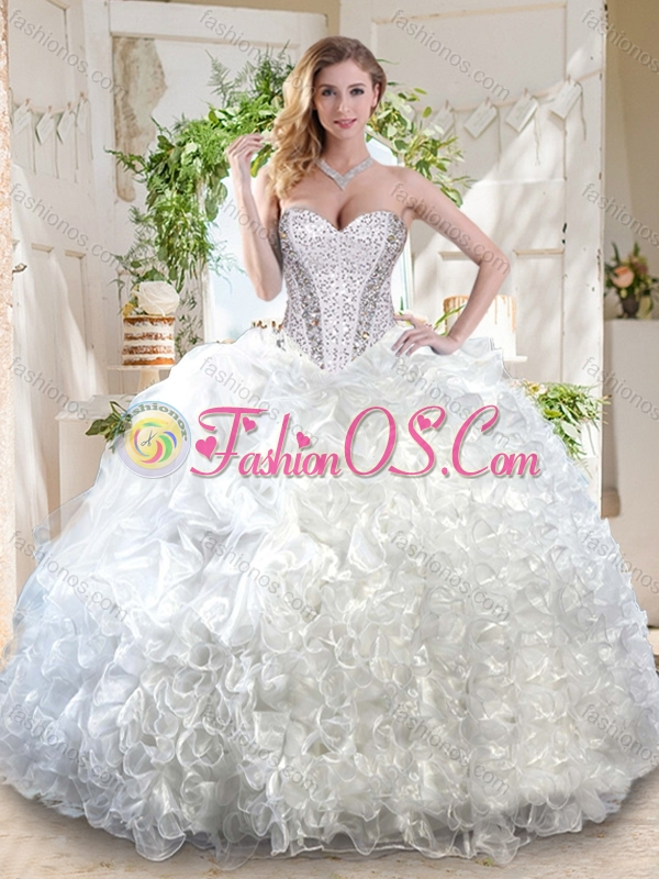 Latest Organza White Quinceanera Dress with Beading and Ruffles