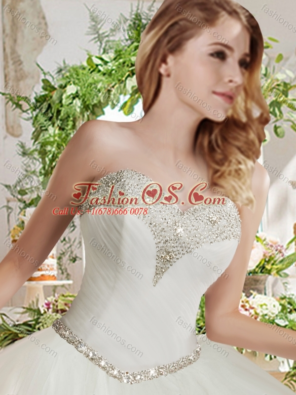 New Arrival White Ball Gown Sweetheart Beaded Organza Quinceanera Dress in Tulle