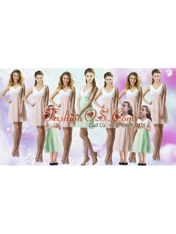 Artistic Apple Green and White V Neck Bridesmaid Dresses with Handle Made Flower