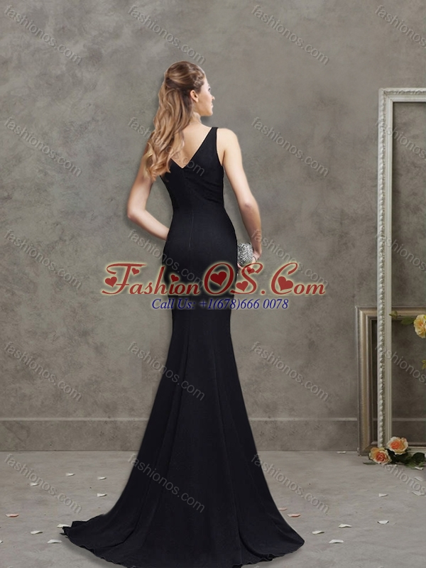 Romantic Deep V Neckline Black Mother of the Bride Dress with Brush Train