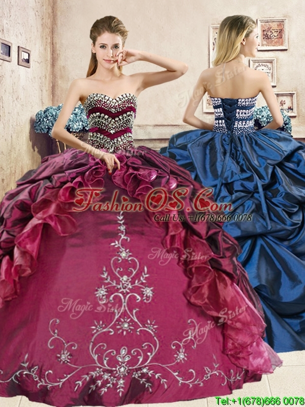 Classical Beaded and Embriodery Quinceanera Dress in Burgundy