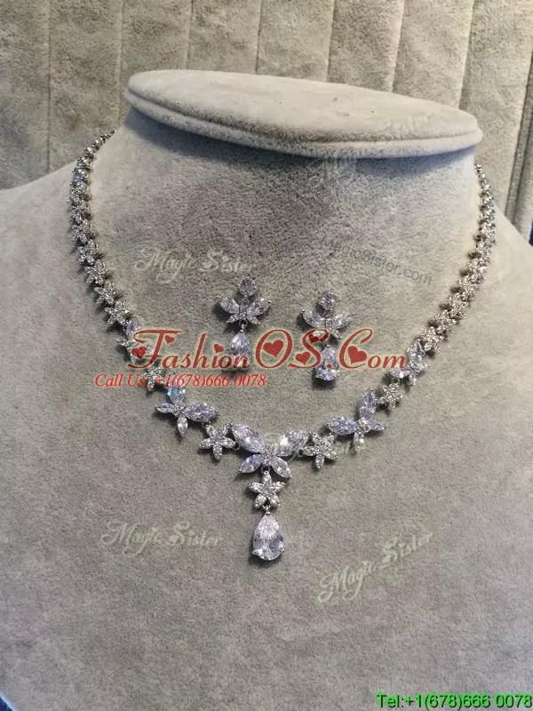 Modest Flower Shaped Rhinestone Jewelry Set for Ladies