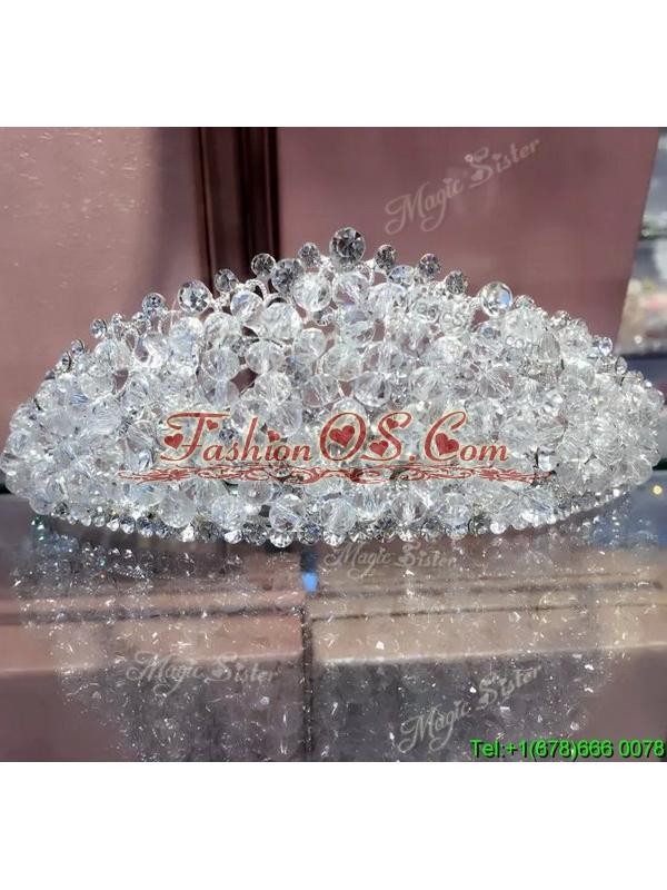 Gorgeous Tiara with Shimmering Rhinestone