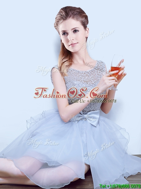 2017 Latest See Through Scoop Dama Dress with Ruffles and Bowknot