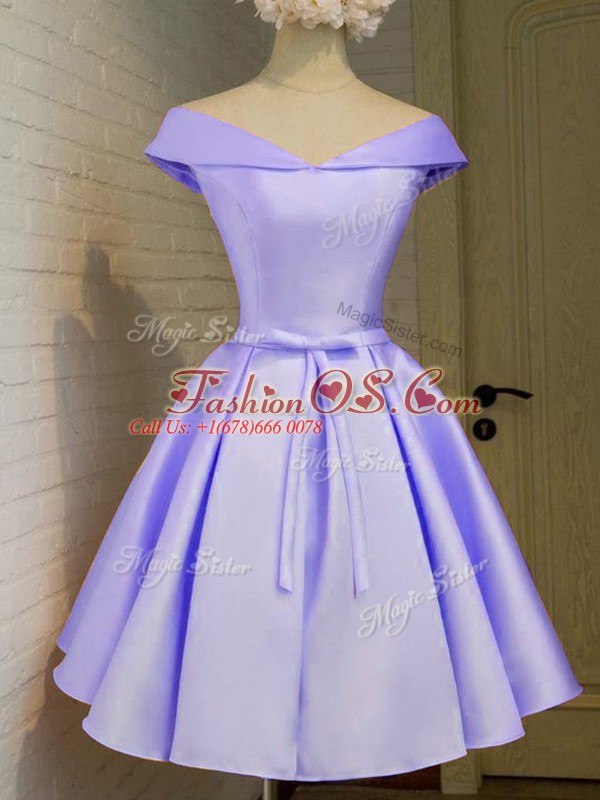 Luxurious Knee Length Lavender Bridesmaids Dress Taffeta Cap Sleeves Belt