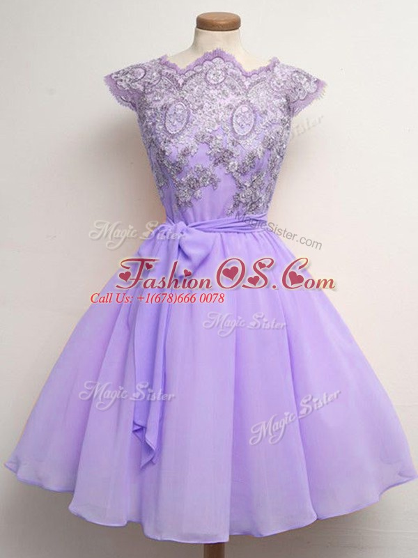 Knee Length Lavender Quinceanera Court Dresses Scalloped Cap Sleeves Lace Up