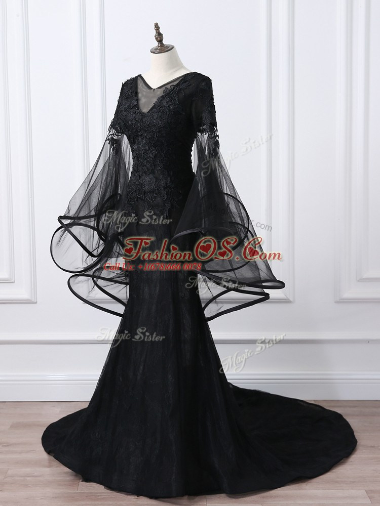 Noble Lace and Appliques Mother Of The Bride Dress Black Lace Up Long Sleeves Brush Train