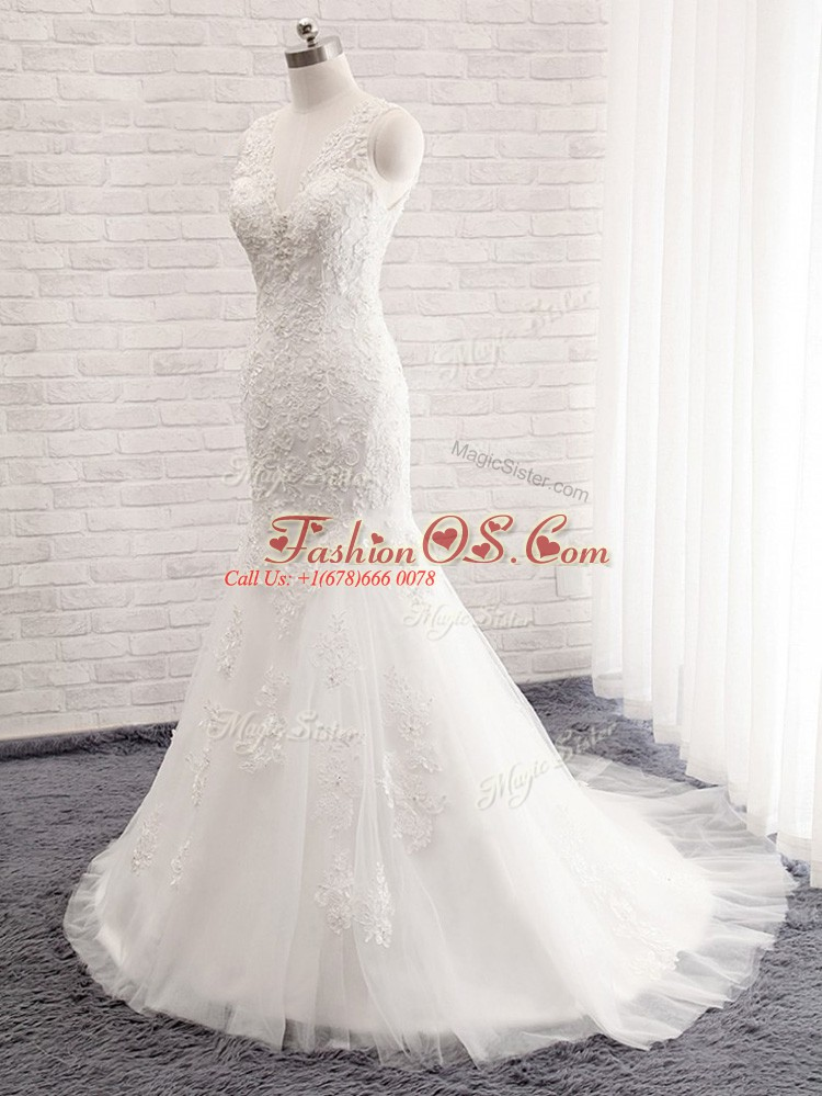 Inexpensive White V-neck Clasp Handle Lace Wedding Dress Brush Train Sleeveless