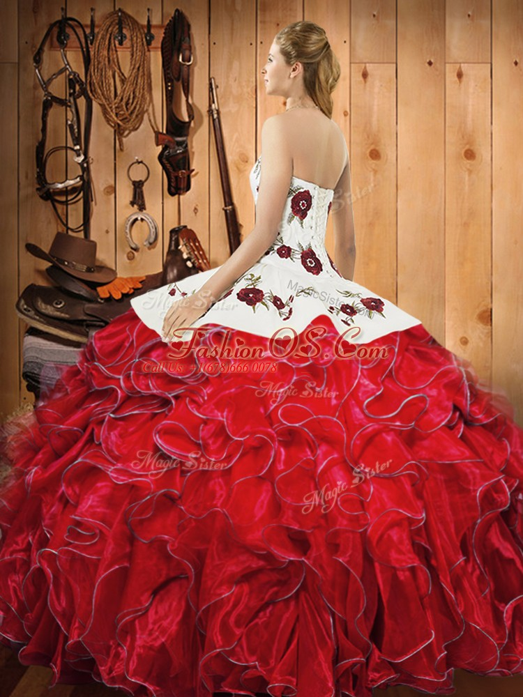 Ball Gowns Sweet 16 Dresses White And Red Halter Top Satin and Organza Sleeveless Floor Length Lace Up
