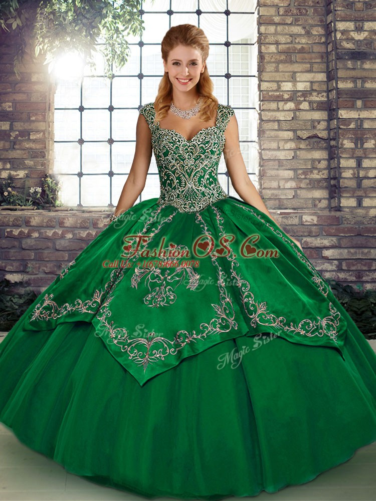Classical Sleeveless Beading and Embroidery Lace Up Sweet 16 Dress
