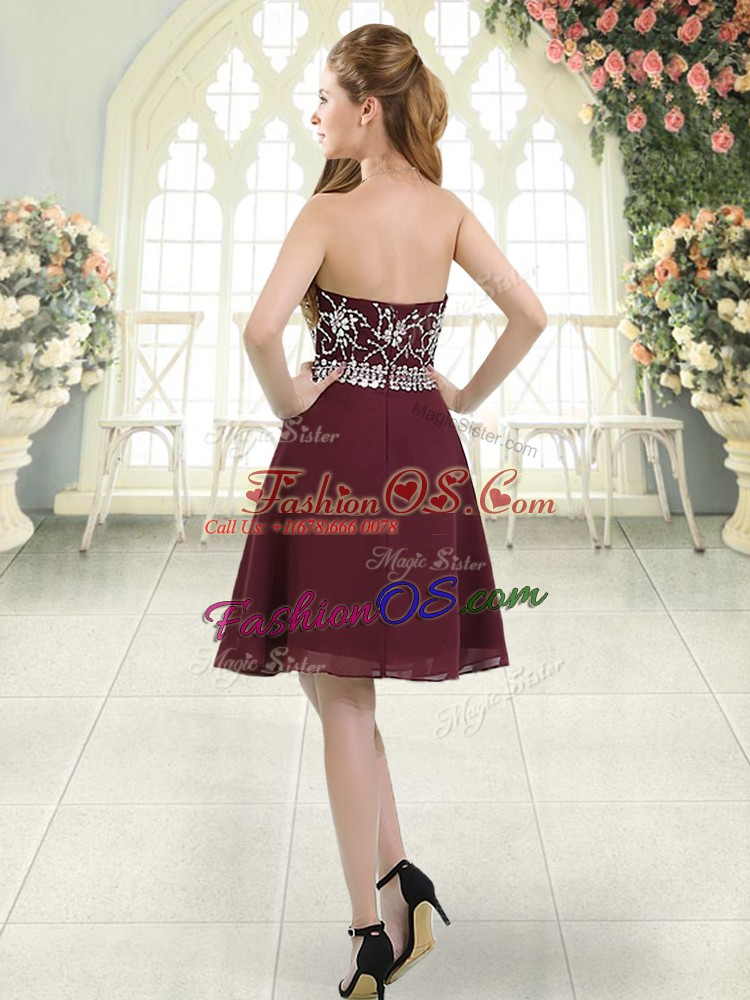 Burgundy A-line Chiffon Halter Top Sleeveless Beading Knee Length Zipper