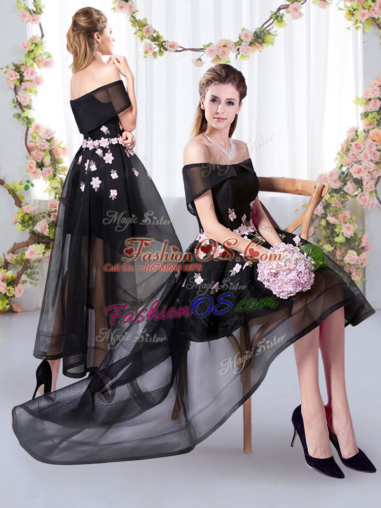 Black Off The Shoulder Appliques Quinceanera Court Dresses Short Sleeves