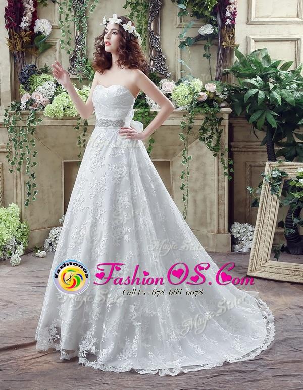 Extravagant Floor Length A-line Sleeveless White Wedding Dress Zipper